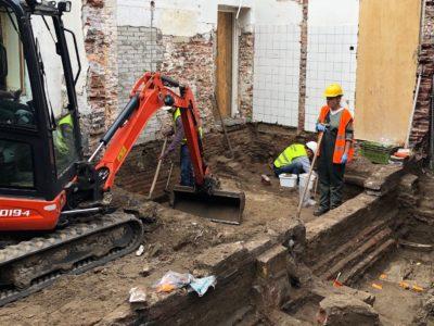 Skeletten gevonden bij opgravingen rond het Dolhuys