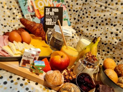 Verwen een jarige of je Valentijn met brunchboxen van Museumcafé Thuys 2